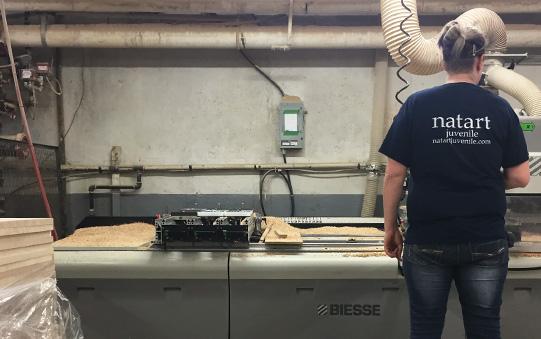 warehouse worker in black tshirt